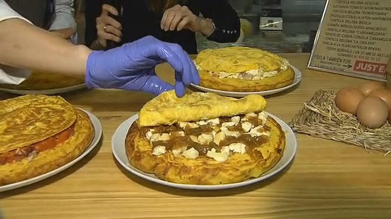 Tortilla de patatas con txapela en pleno centro de Madrid