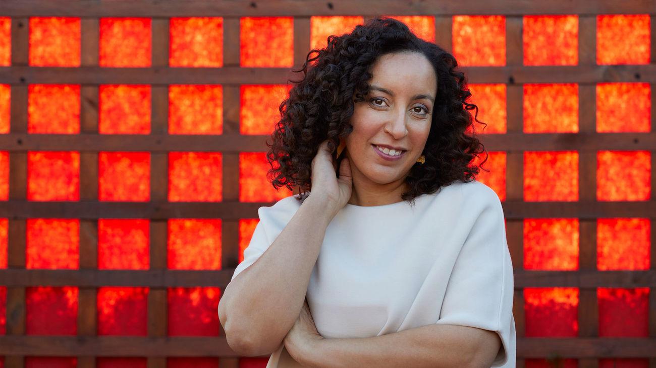 """Najat El Hachmi da voz en 'El lunes nos querrán' a las """"heroínas cotidianas"""" de la libertad"""