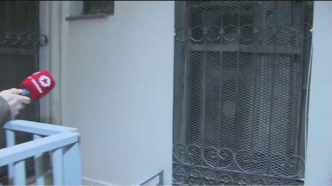 Dos años malviviendo en Chueca por el ruido y calor que desprende un aire acondicionado