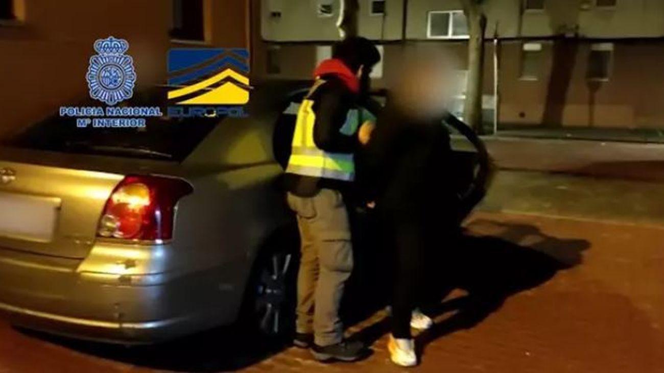 Detenida una banda que robaba al descuido en bancos y joyerías de Madrid, Pozuelo, Alcalá y Getafe