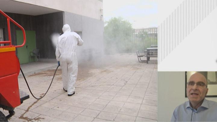 """López Guerrero: """"Que el virus se transmita por el aire no significa que las superficies sean seguras"""""""