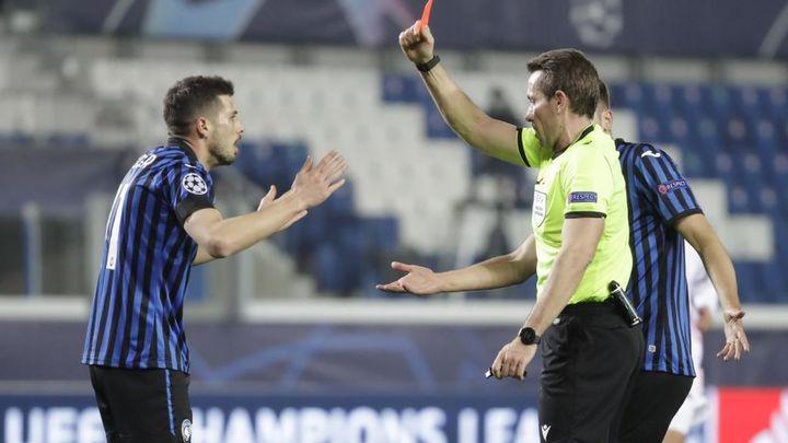 Debate y polémica por la expulsión de Freuler que benefició al Real Madrid