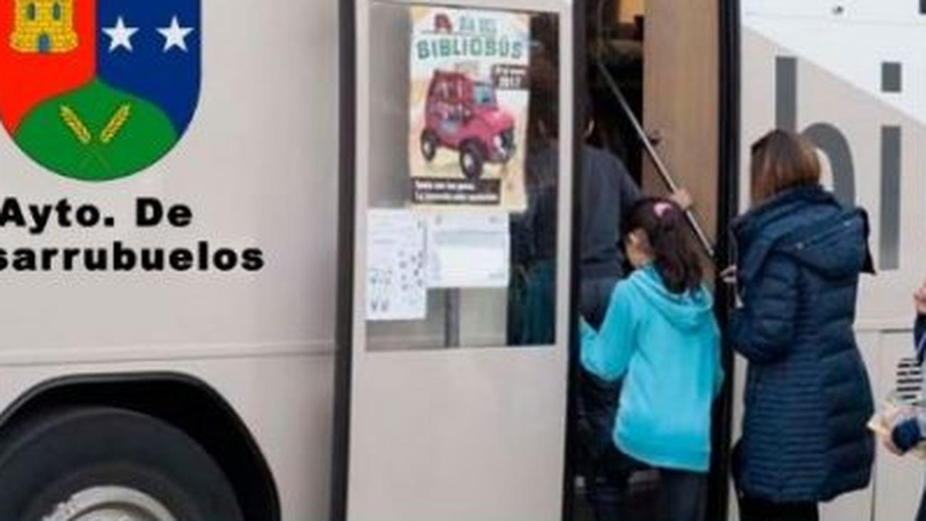 Nuevo horario para los usuarios del bibliobús en Casarrubuelos