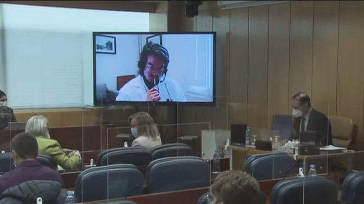 Carlos Mur reconoce que hubo protocolos en Madrid para no derivar a ancianos de las residencias a los hospitales