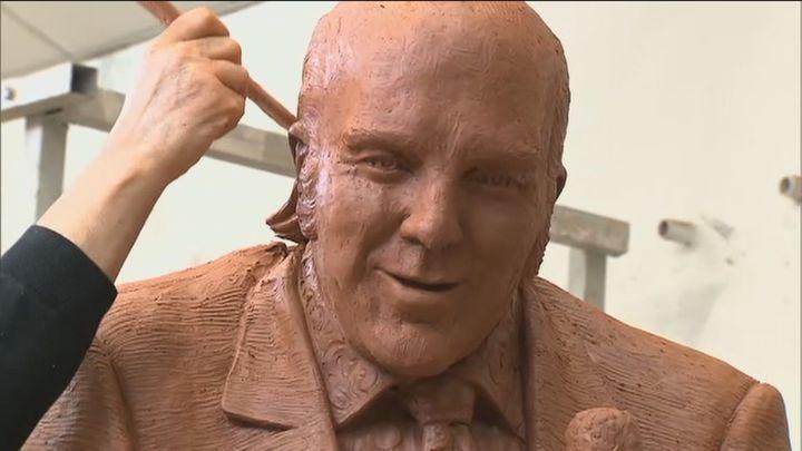 Chiquito de la Calzada tendrá una escultura de bronce de dos metros en su parque de Málaga