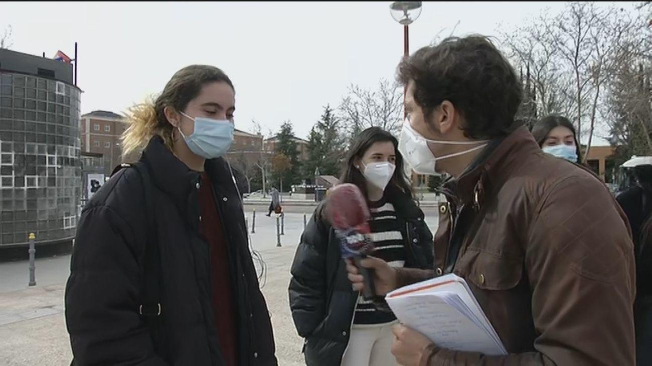 Cuatro colegios mayores de Madrid sufren un macrobrote con 90 contagios y 130 jóvenes confinados