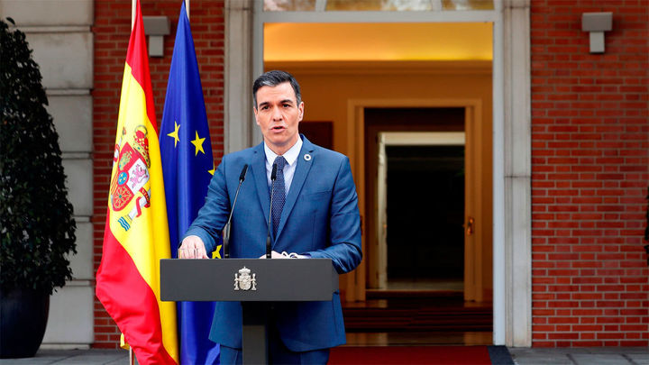 """Sánchez dice sentir """"rechazo"""" ante la conducta """"incívica"""" del rey emérito"""