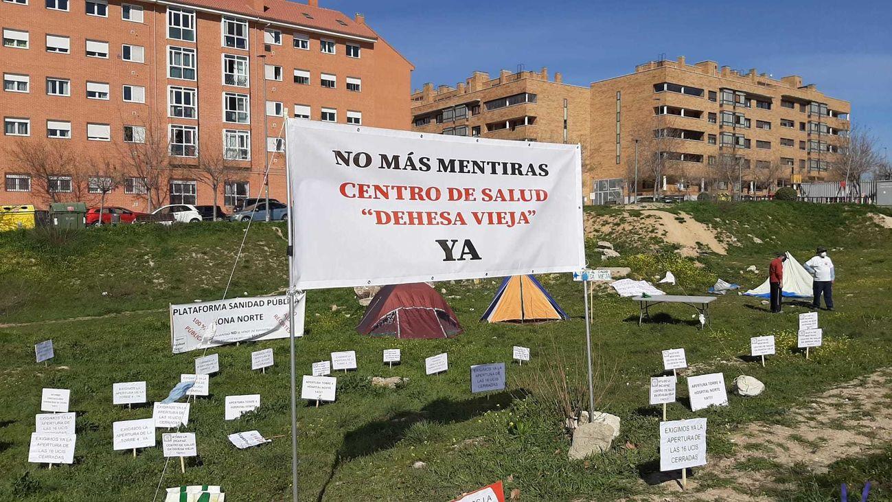 Acampada vecinal en San Sebastián para reclamar el centro de salud de Dehesa Vieja