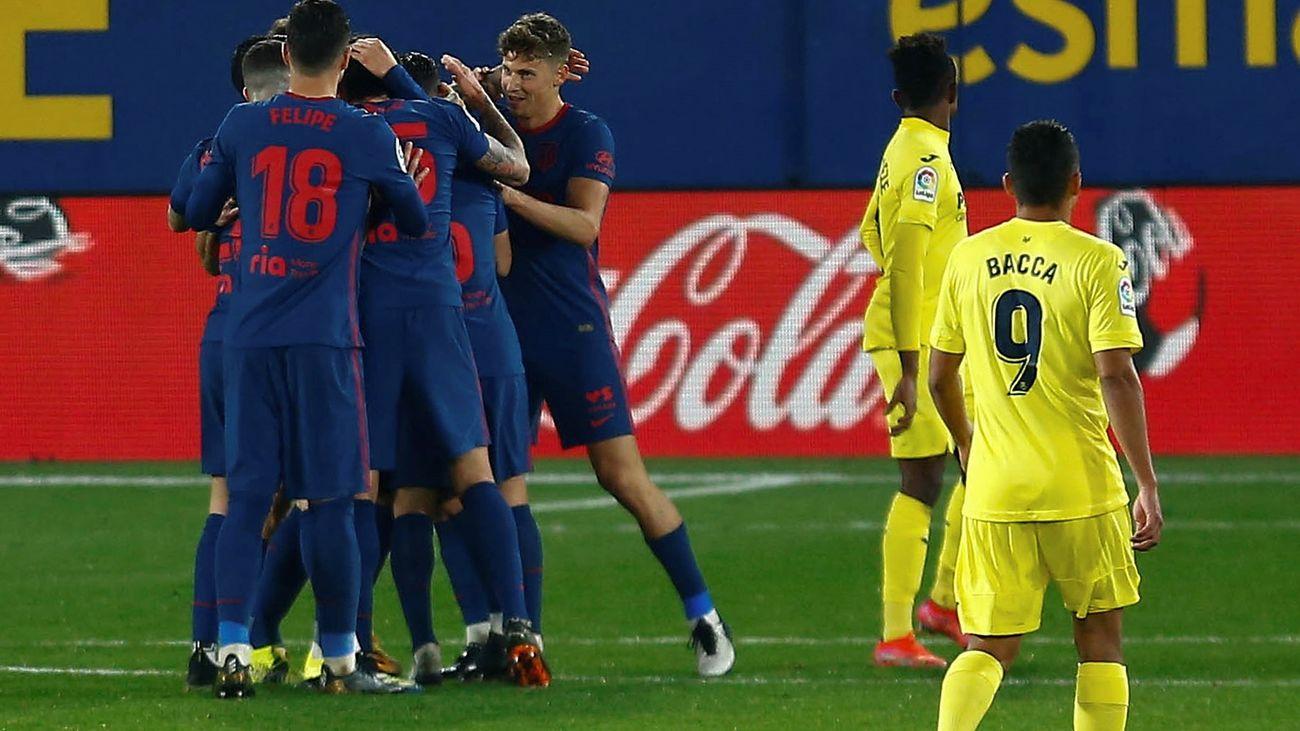 Los jugadores del Atlético celebran el tanto de Joao Féliz