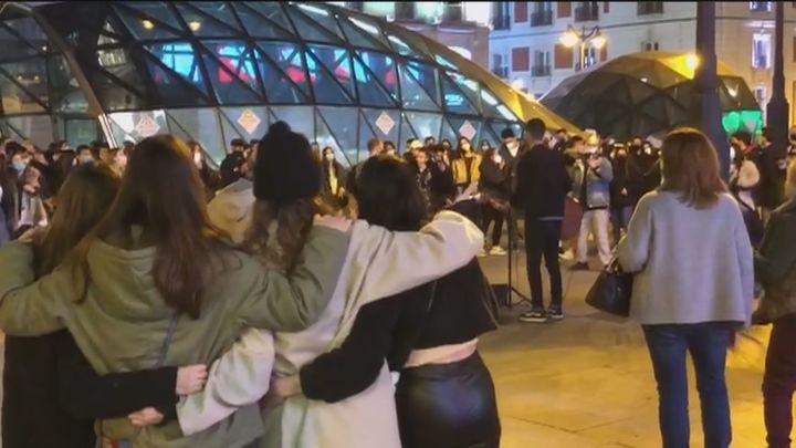 Preocupan las aglomeraciones en los conciertos callejeros en el centro de Madrid durante el fin de semana