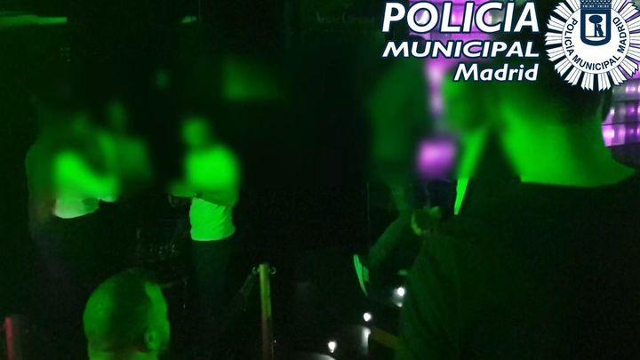 Desalojado y precintado un club en Marqués de la Ensenada con 173 clientes, algunos sin mascarilla