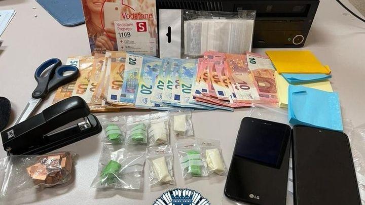 Detenido un hombre con dosis de cocaína preparadas en su coche