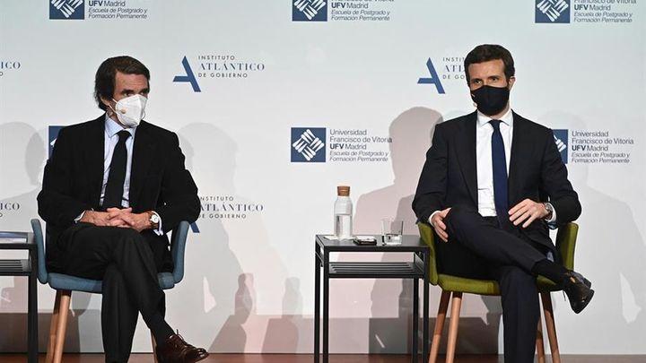 """Casado y Aznar se reencuentran: """"Pinchan en hueso quienes pretendan separar al PP"""""""