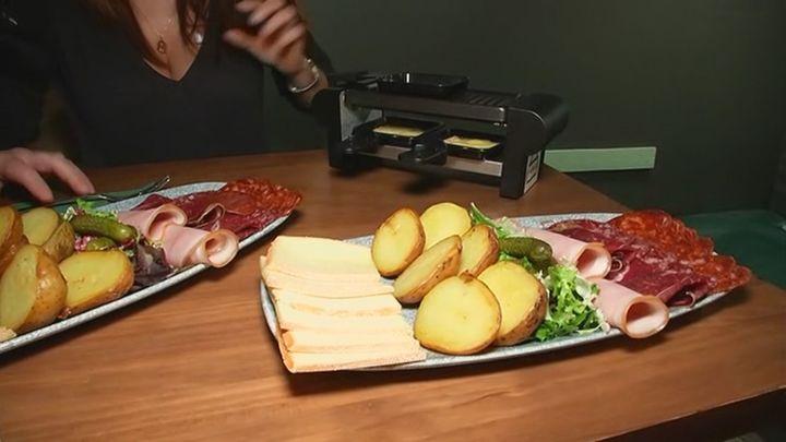 Prepara una raclette en casa de la forma más sencilla