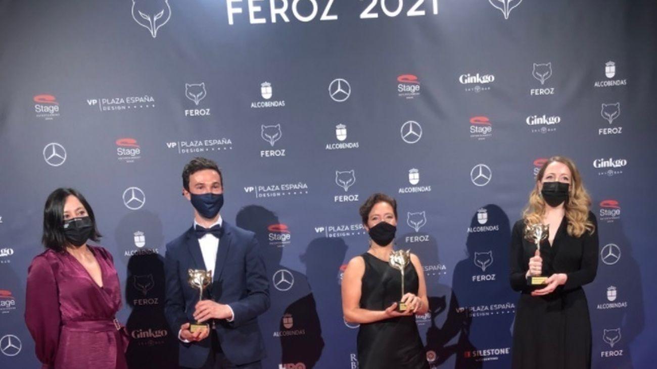 Equipo de 'Las Niñas' , pelicula triunfadora de la edición de este año de los Premios Feroz