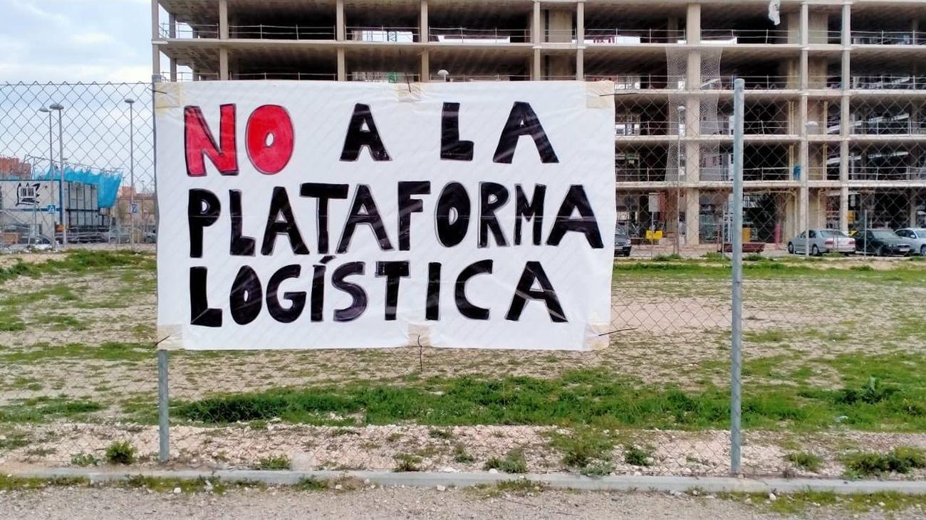 Pancarta contra la Plataforma Logística de la M40