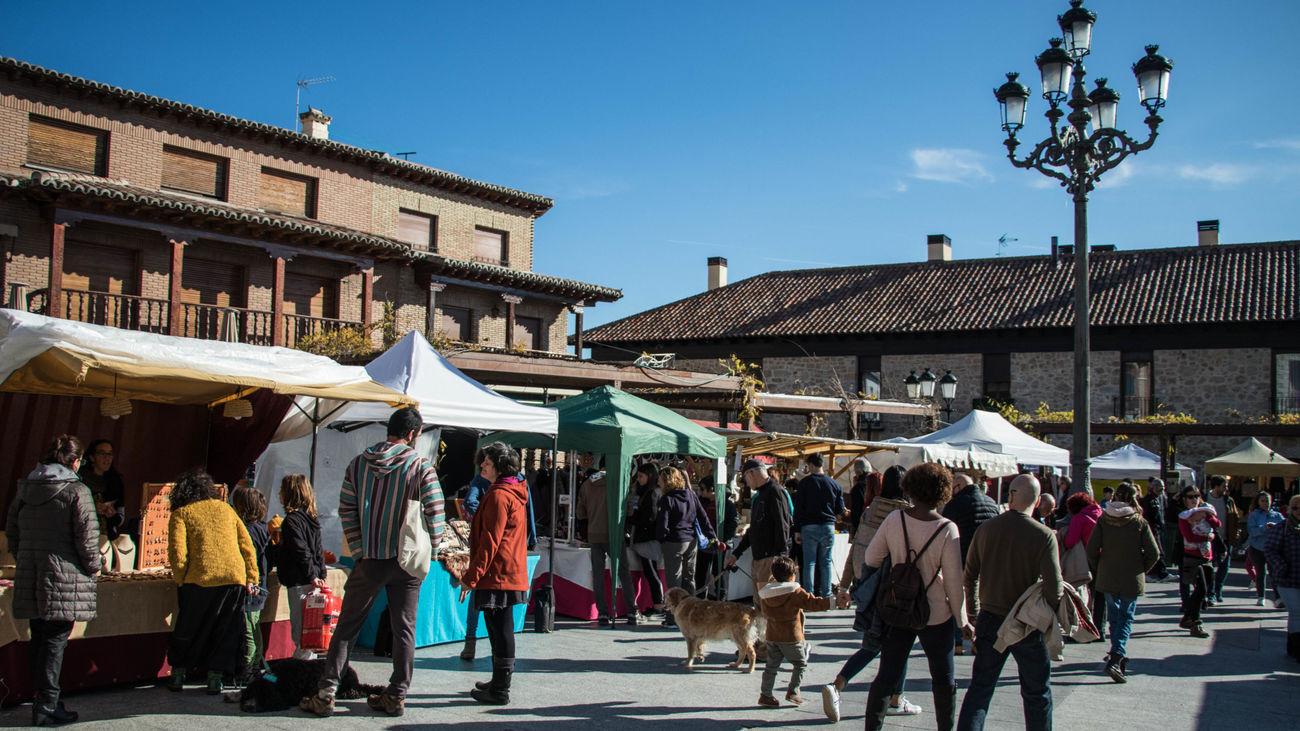 El mercado artesanal de Manzanares vuelve a abrir el próximo fin de semana