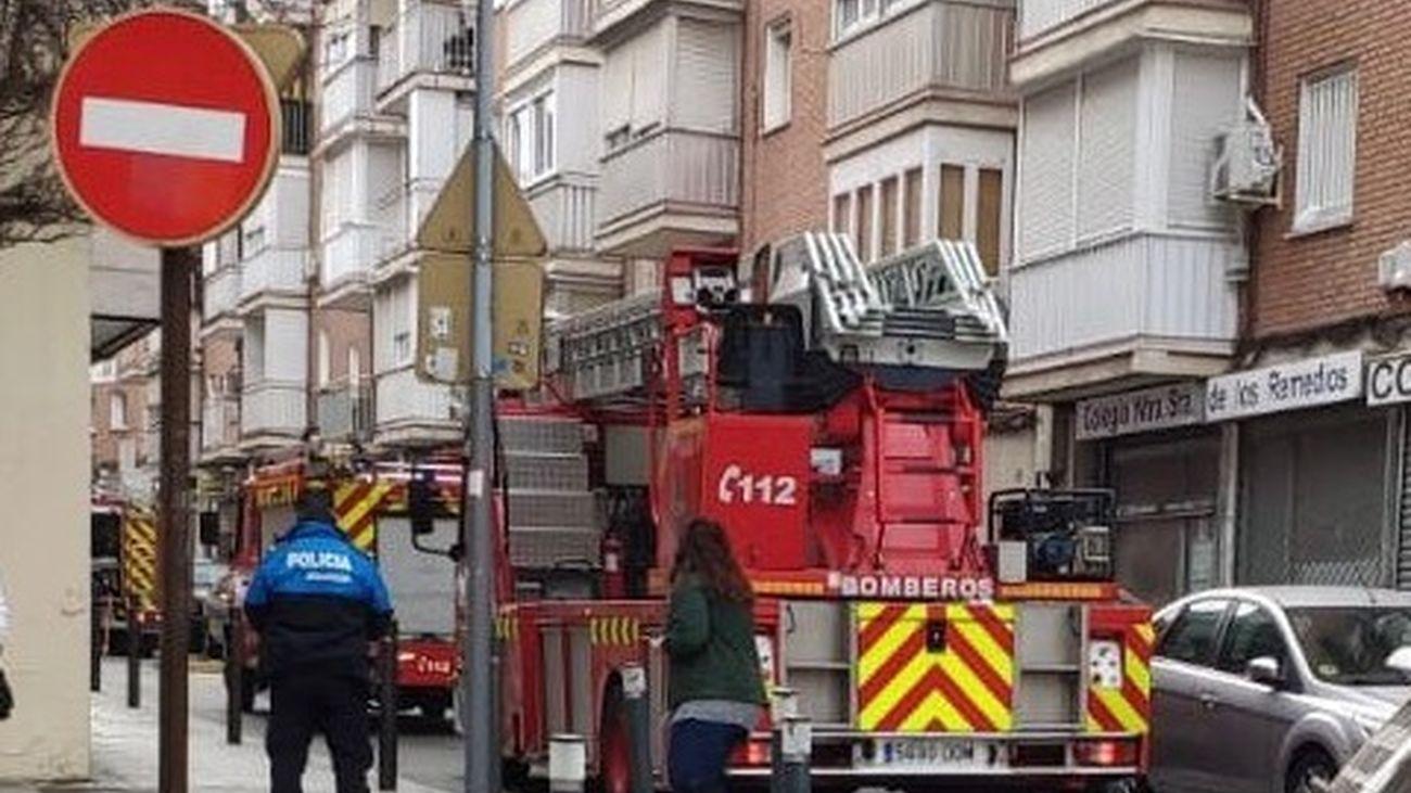 Un radiador eléctrico incendiado obliga a desalojar un colegio de Alcorcón