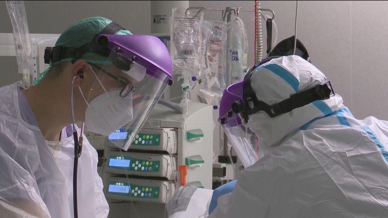 España notifica 6.654 nuevos contagios y 637 defunciones por Covid-19