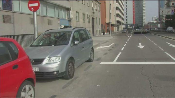 "Multas ""a traición"" por aparcar en una calle de Chamberí"