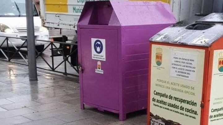 Roban en Alcorcón dos contenedores para desechar mascarillas