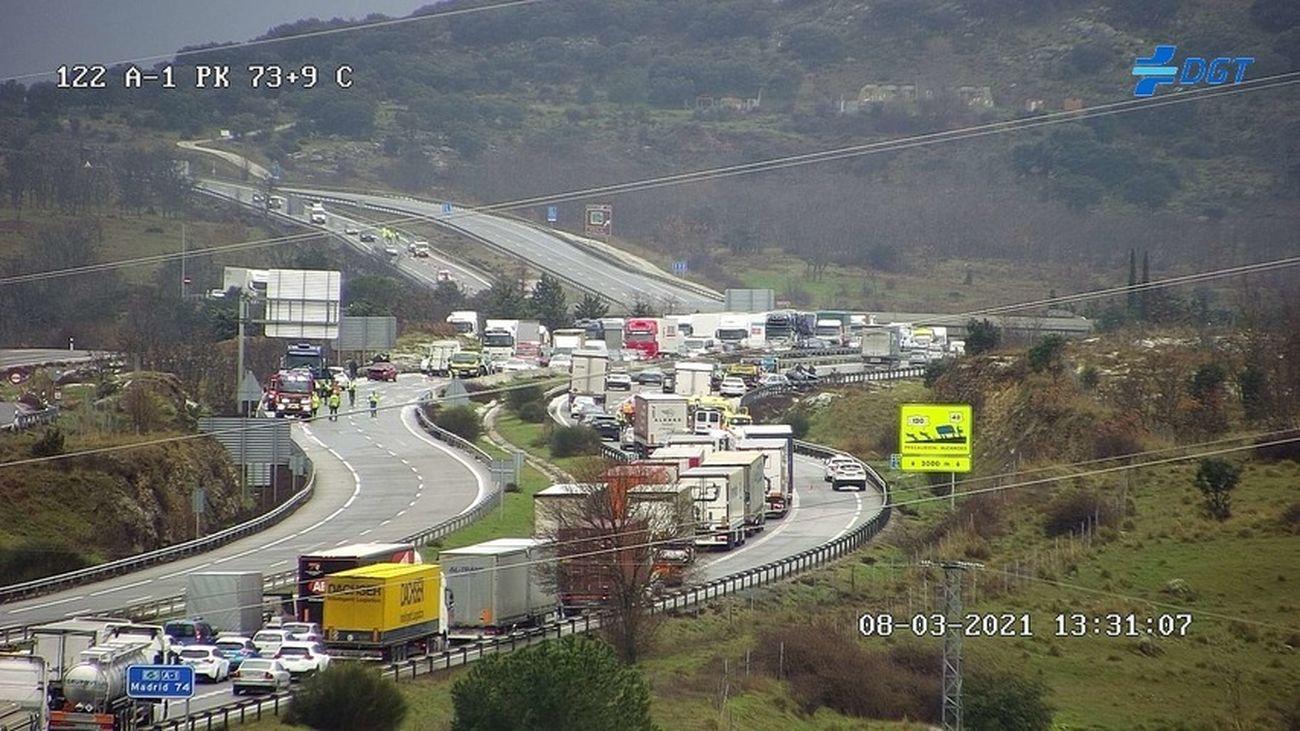 Accidente múltiple en la A-1, a la altura de Buitrago de Lozoya