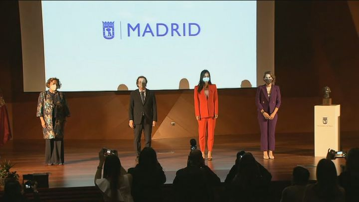 El Ayuntamiento de Madrid otorga el premio Clara Campoamor a la presidenta del CSIC
