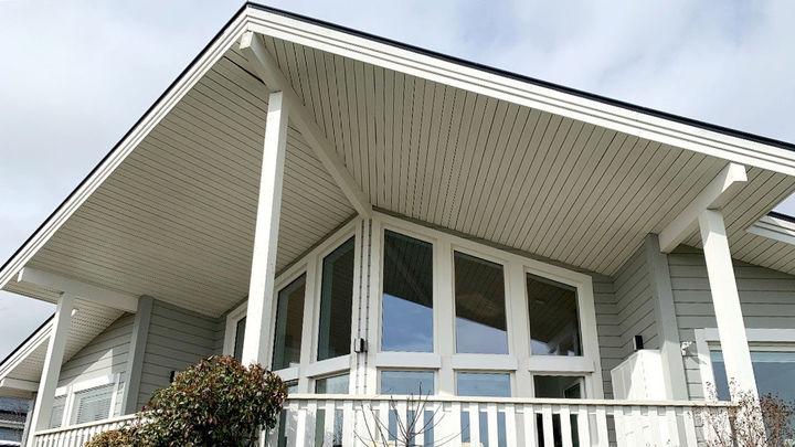 La casa de tejado con forma de ala delta energéticamente perfecta