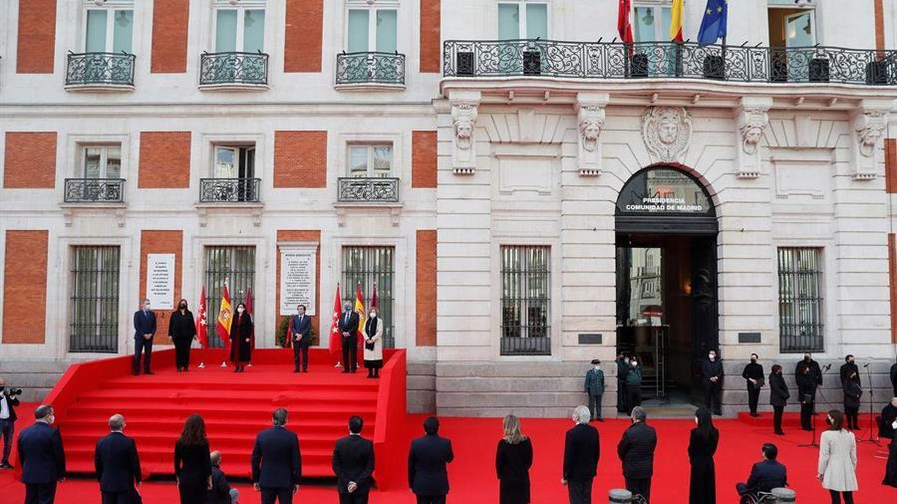 Un homenaje del 11M enrarecido por la crisis política en Madrid
