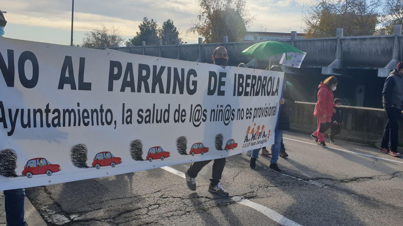 Manifestación del AMPA del colegio Juan Zaragüeta contra el aparcamiento de Iberdrola