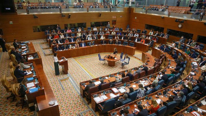 La razón por la que la Asamblea de Madrid pasará de 132 a 136 diputados tras el 4-M
