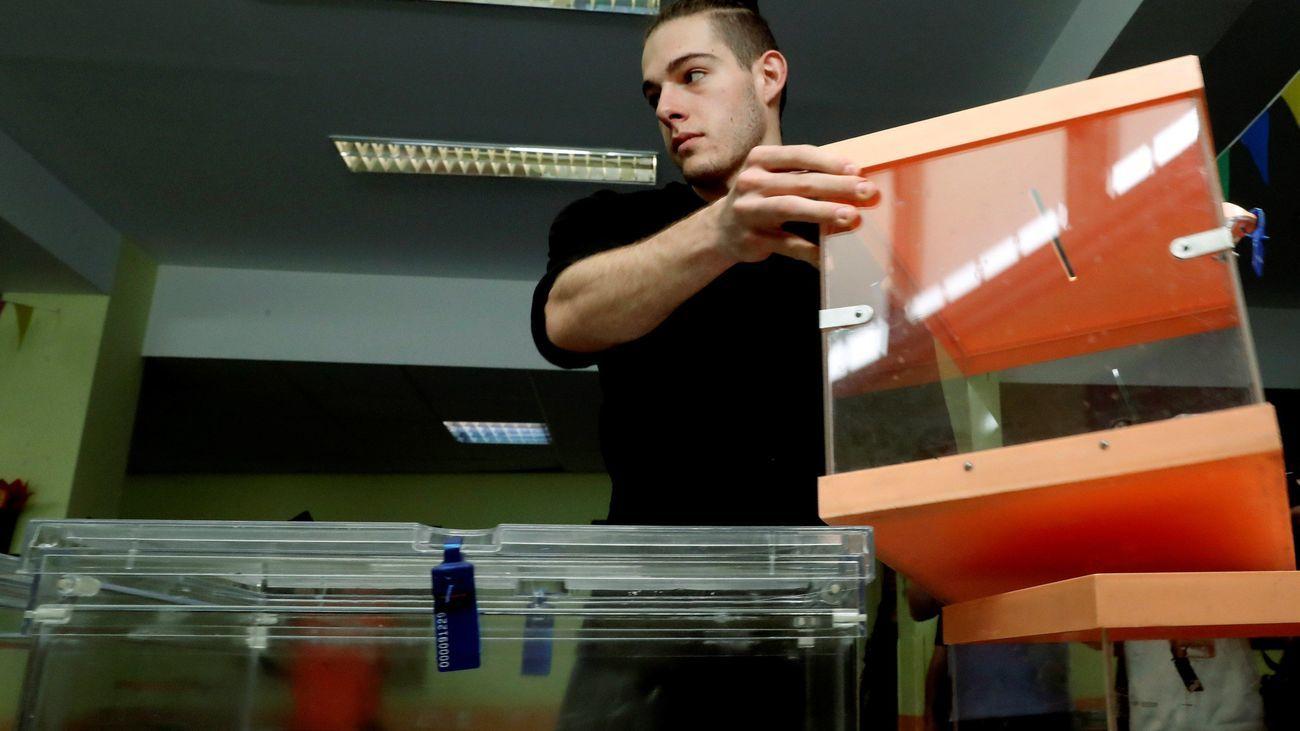 Los partidos madrileños reelaboran sus estrategias para las elecciones del 4M