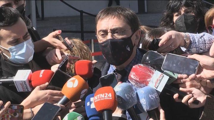 """Monedero niega ante el juez que la factura a Neurona fuera falsa y habla de """"guerra jurídica"""" contra Podemos"""