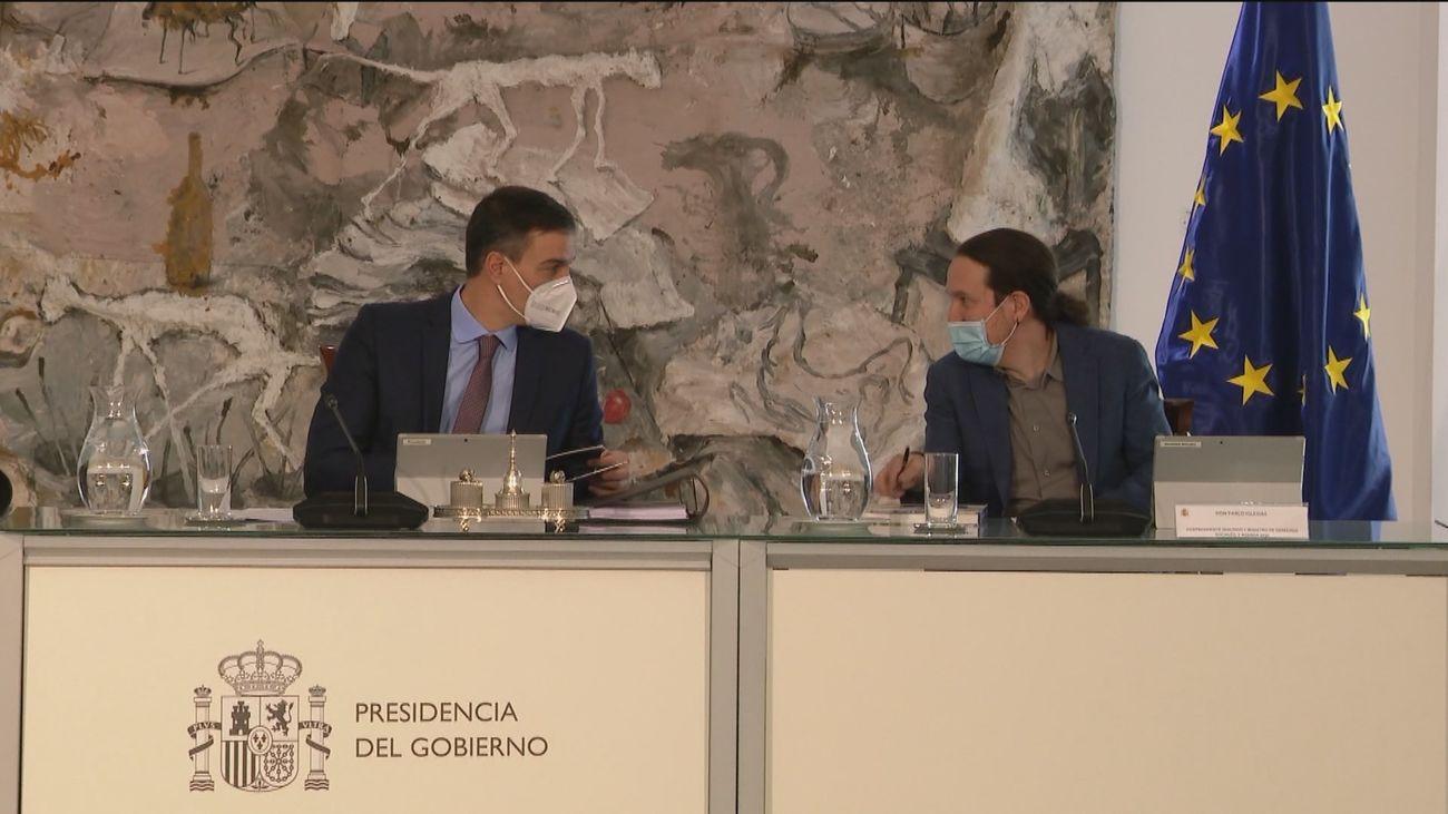 Sánchez ofrece a Yolanda Díaz ocupar la vicepresidencia tercera del Gobierno