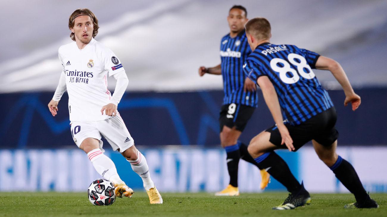 Luka Modric ante el Atalanta