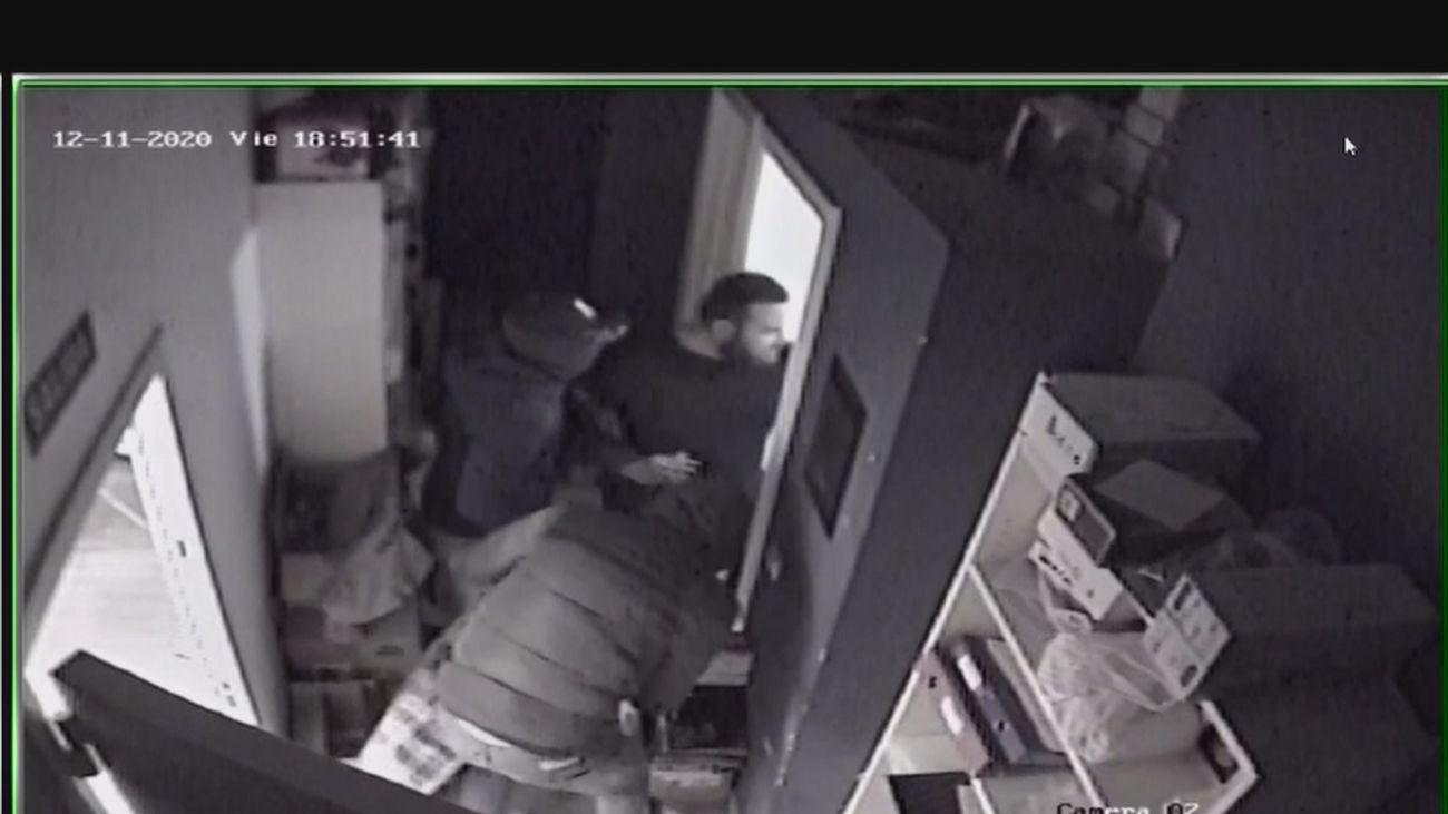 Cinco aluniceros detenidos de la banda del 'Goyito' por robar móviles para vender en África