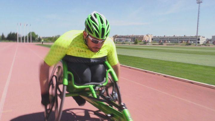 Álvaro Encinas, a pleno rendimiento en el atletismo adaptado