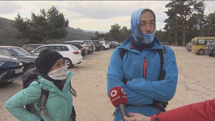El frío y el viento evitan que la Sierra se llene de visitantes