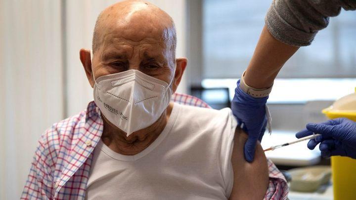 Suben los contagios en Madrid pero bajan los fallecidos y hospitalizados