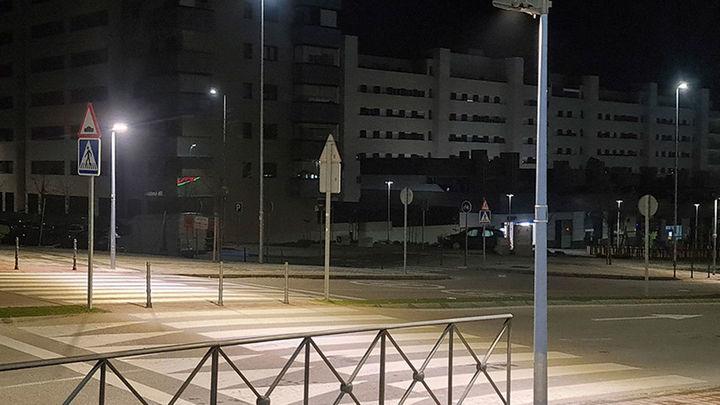 Rivas coloca nuevos puntos de iluminación led en 30 pasos de peatones para frenar los atropellos