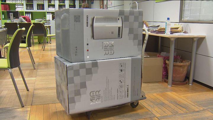 Los colegios públicos de Getafe devuelven los 796 filtros HEPA que les había entregado el ayuntamiento