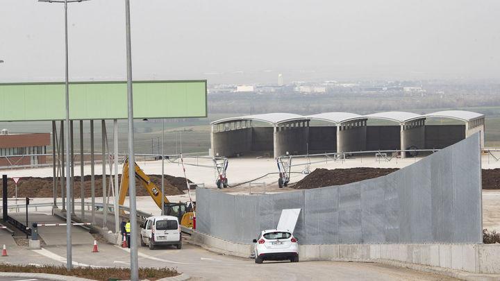 La planta de Loeches comenzará a albergar la basura del Este desde el 1 de abril