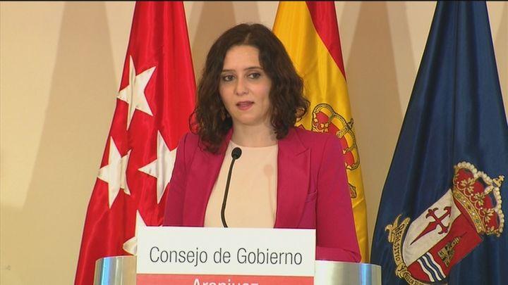 """Ayuso: """"Teniendo Madrid cerrado y el aeropuerto descontrolado, es posible que el virus suba"""""""