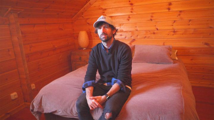 David Otero nos enseña la casa de la sierra en donde compuso muchas de sus canciones