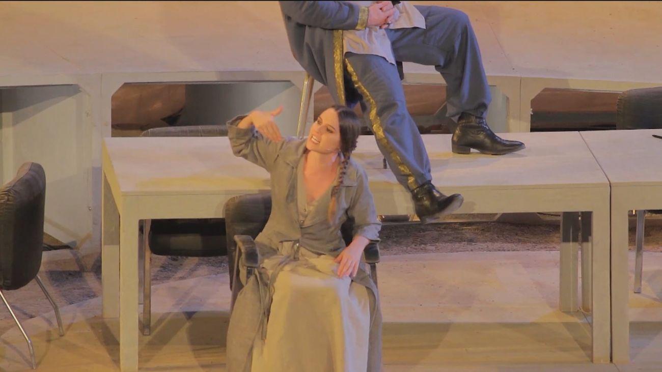 Una 'Antígona' moderna y con el acento en la democracia se estrena en las Naves del Teatro Español