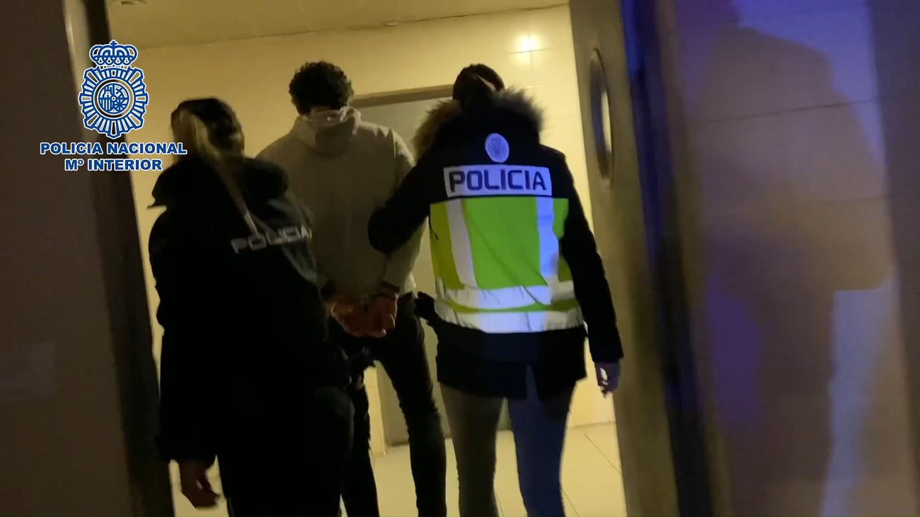 Detenido en Hortaleza tras tirar por la ventana 20 kilos de cocaína