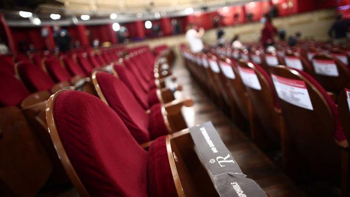 Larga vida al teatro, un arte libre que invita a reír y reflexionar