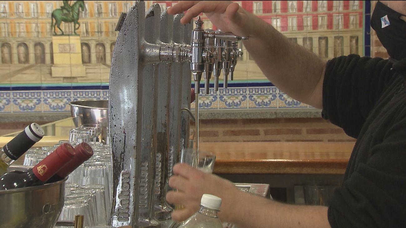 """""""Hay ciudades que están cerradas y están peor que Madrid, el problema no es la hostelería"""""""