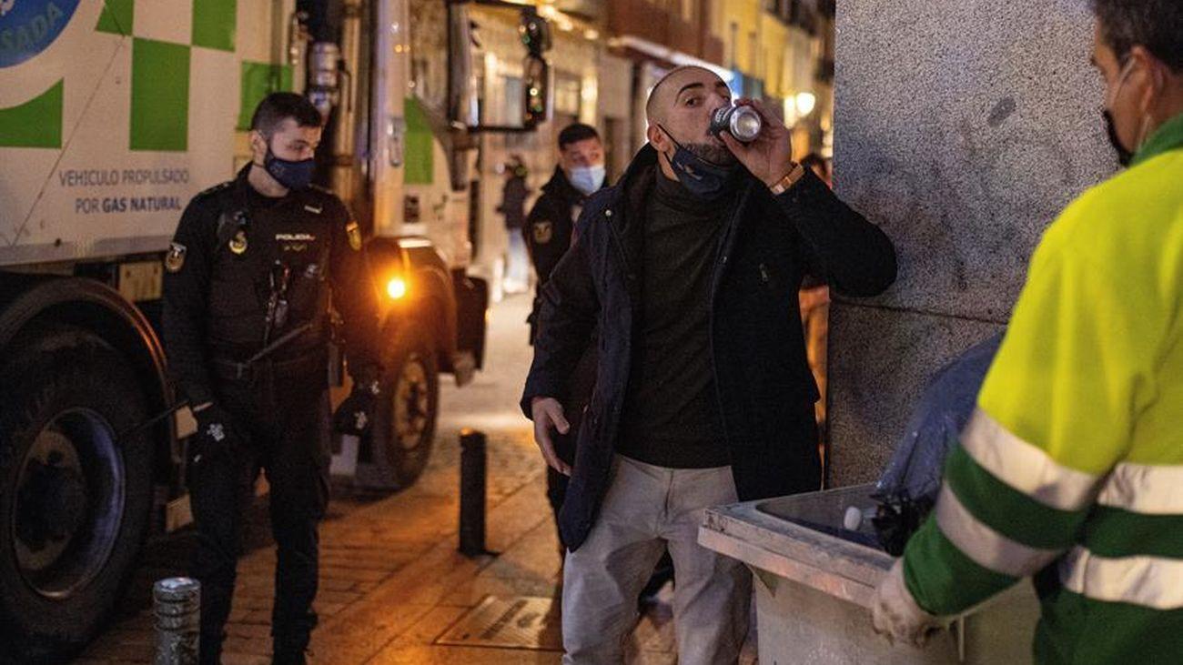 El primer balance de la Semana Santa en Madrid: 353 fiestas ilegales, más de 2.000 multas y 40 detenidos