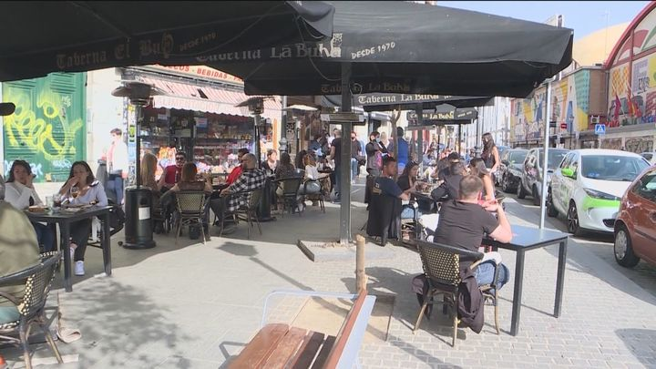 El buen tiempo y las terrazas tiran de la hostelería de Madrid en el arranque de la Semana Santa